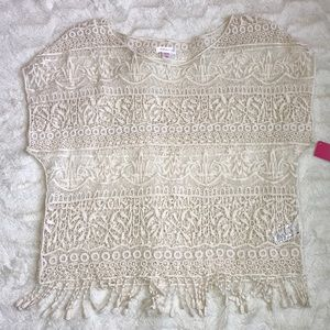 NWT lace crochet crop top